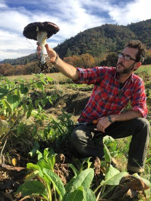 polyculture-renegertaive-permaculture-farm-venue-rogue-valley